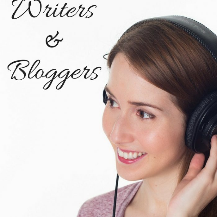 Top Podcasts for Bloggers and Writers You Need to Listen To